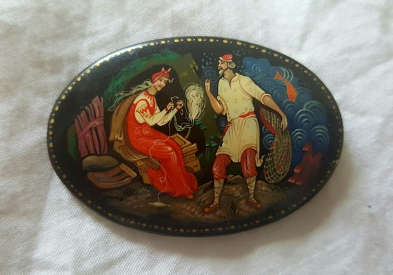 Hand painted lacquer Boxes lacquer russian brooch
