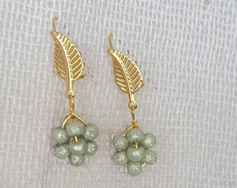 Vintage gold plated leaf earrings with hanging cluster
