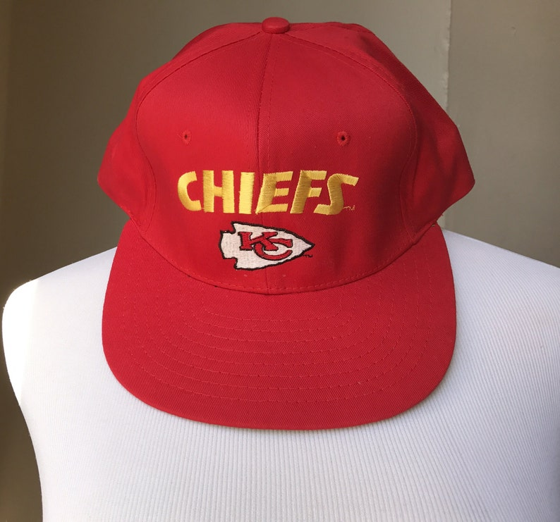 save off 7d75a 6d221 Kansas City Chiefs Hat | Collectible Vintage NFL Hats