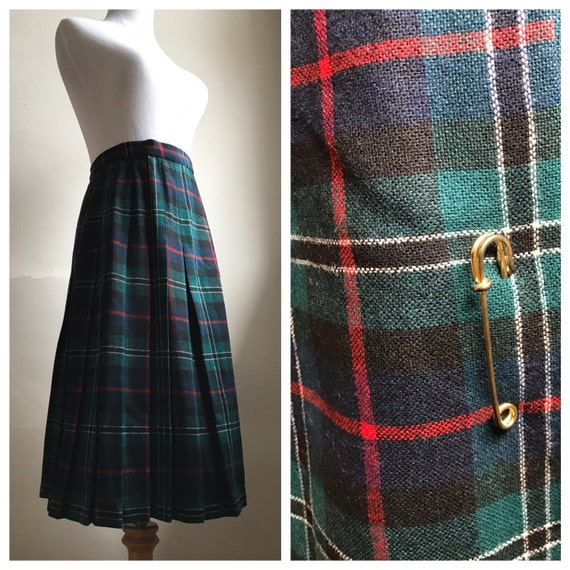 Vintage Tartan Plaid Pleated Skirt | 70s Green Christmas Plaid Skirt | Irish Plaid Style Skirt | School Girl Preppy Skirt | FREE SHIPPING