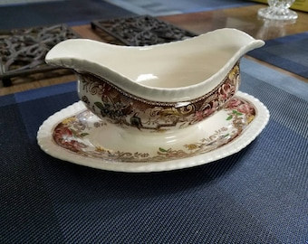 Vintage Johnson brothers Devonshire England gravy boat brown/ multi color PAT No 118579 size: 9inx6in