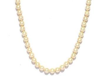 White round fresh water Pearls Necklace