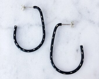 Powder Coated Oblong Hoops