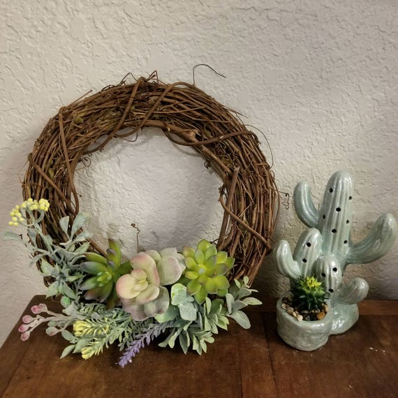 "12"" Succulent Wreath"