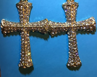 Gold and Rhinestone Cross Crucifix   J4