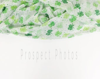 Download Free St. Patrick's Day Styled Stock photo| Irish Shamrock Clovers Styled Stock Photography| St. Patty's Day Instagram photos | Product mockup PSD Template