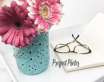 Download Free Spring Flower Styled Stock Photography| Flower stock photos| Blog photos | Product mockup PSD Template