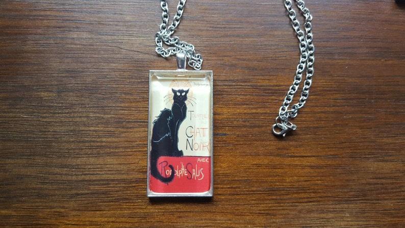 Cameo pendant necklaces