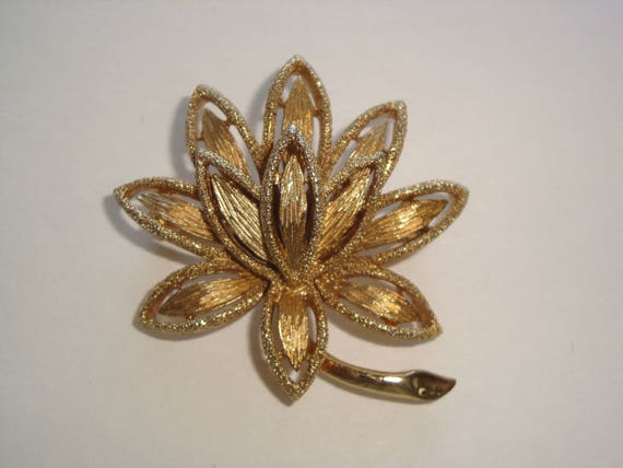 Sparling Gold Tone Layered Lotus Flower Brooch By Avon Etsy