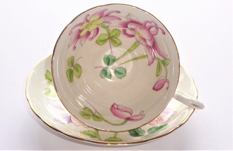 PHENOMENAL Columbine Flowers Tea Cup and Saucer by Tuscan England