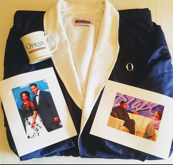 Oprah Winfrey Show Robe and Mug Given To Denzel Wa