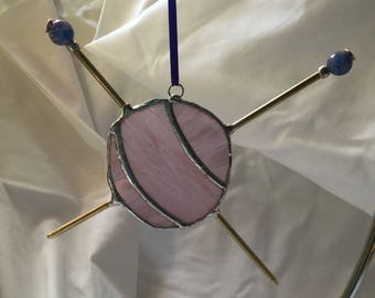 Knitter's suncatcher - with a ball of yarn and knitting needles!