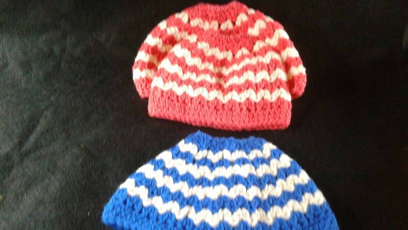 more colors and sizes available in addition to the purple and white. Messy bun hats