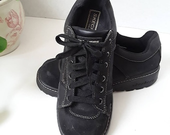 2aca9d16aa3d Ladies Black Suede Chunky Shoes with Zipper