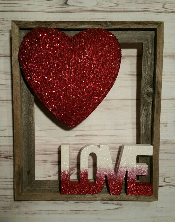 Valentines Day wreath sign Valentines wall decor wreath sign Love wood decor Love wood sign Valentines Day Sign Valentines day Decor