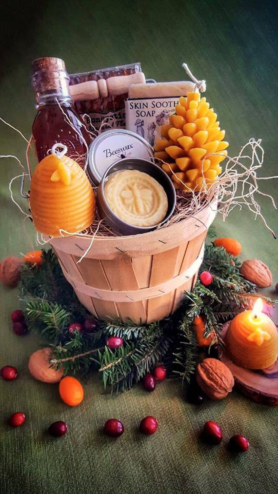Christmas and Holiday Gourmet Gift Basket- Our Special Unique Honey and Hive Gift basket makes perfect hostess gifts! For Men and women