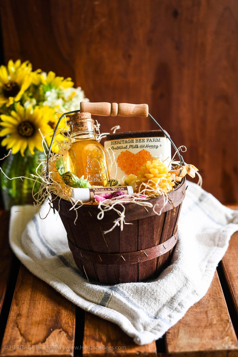 Mother Day Gift Mothers Day Cute Basket  Raw Honey and image 0