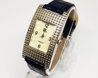 Very nice watch for women, Ladies watch for ladies, Black Watch for mother, Silver watch for sister, Mother's day, gift idea, friend gift