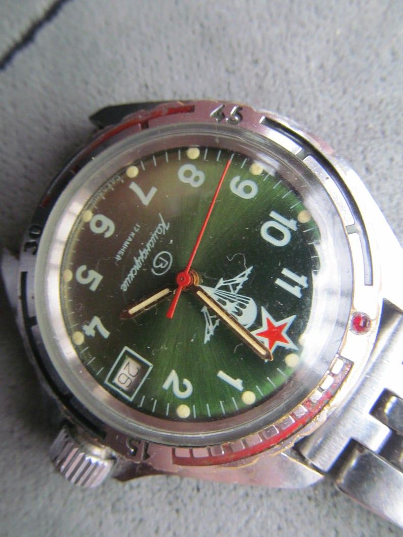 7989a79249850 Montre à la main Vostok Komandirskie VDV 17 bijoux militaire | Etsy