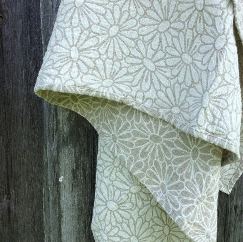 100 Linen Bath Towels With Daisy Pattern Beach Blanket From Etsy