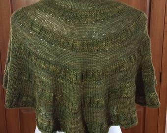 Hand-knit shawlette