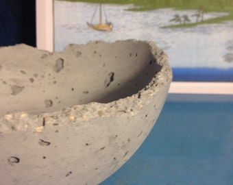Concrete Dragon Egg Bowl in Charcoal