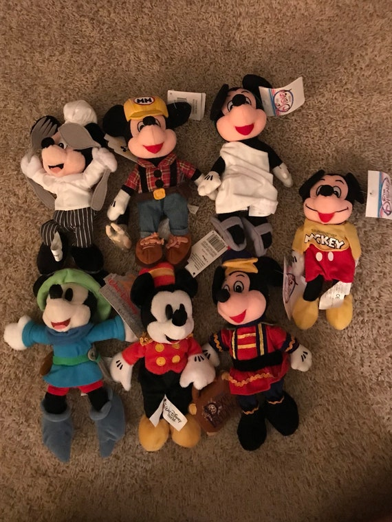 Disneyana Walt Disney World Beanie Babies Dolls Mickey Mouse  26bf07ef8f2