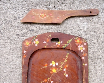 Vintage Tray Vintage Boho Tray Silent Butler Wood Blossoms Flowers Made In Japan Crumb Catcher Shabby Chic Cottage Farm House Style