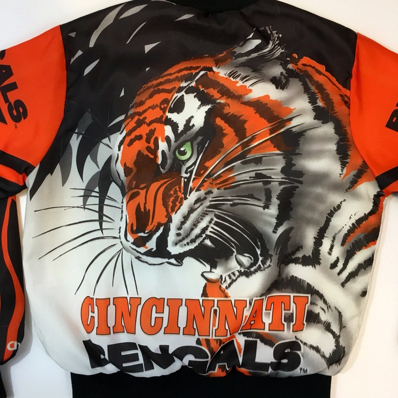 b57d173f Vintage Cincinnati Bengals Chalkline Fanimation NFL football All Over Print  Satin Snap Jacket Bomber Mens Small Ohio Womens Varsity Tiger