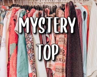 womens used clothing Mystery Box 2kg  4.4 lbs
