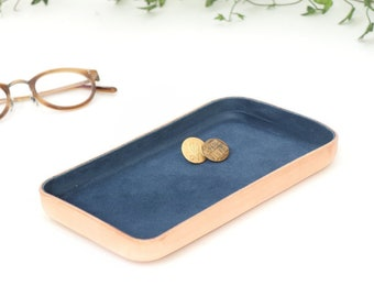 "Navy Leather Valet Tray ""M"""