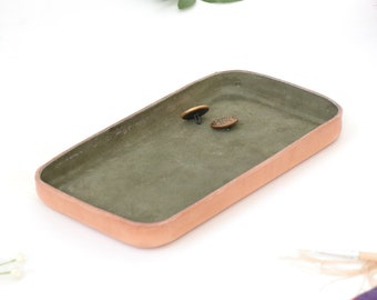 "Olive Leather Valet Tray ""M"""