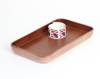 Molded Brown Leather Valet Tray Sz Medium. Perfect for storing daily essentials in modern space.