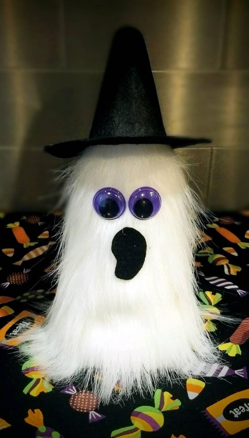 fe8e7a11904 Spooky Ghost