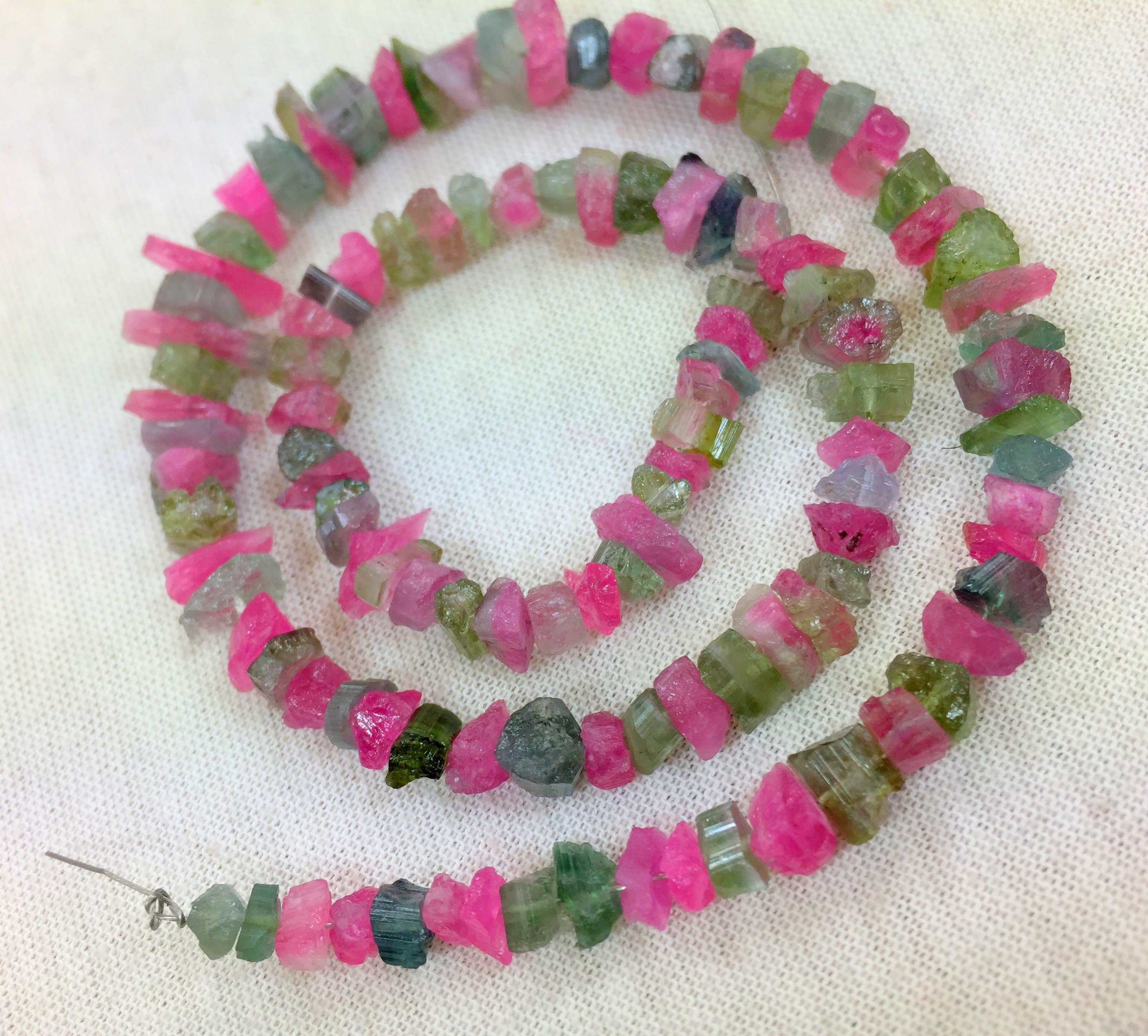 1 brin d'eau Melon Mix Tourmaline cristal cristal cristal taille naturelle === 7x4x3mm à 10x6x4mm 16 pouce de long 74b971