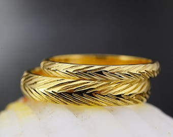 Wheat Pattern Hand Engraved Wedding Band-2mm and 4mm His and Hers Wedding Rings Set-Wheat Wedding Band-Hand Made to Order