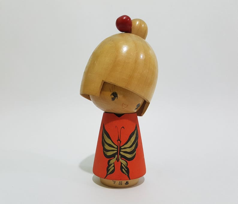 Vintage Japanese Shy Little Girl in Red with Butterfly Painting Kokeshi  Doll by Ishida Waichi, Signed, CecysAsianShop