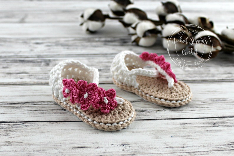 211c100fb Infant sandals Newborn flip flops Crochet baby booties Baby