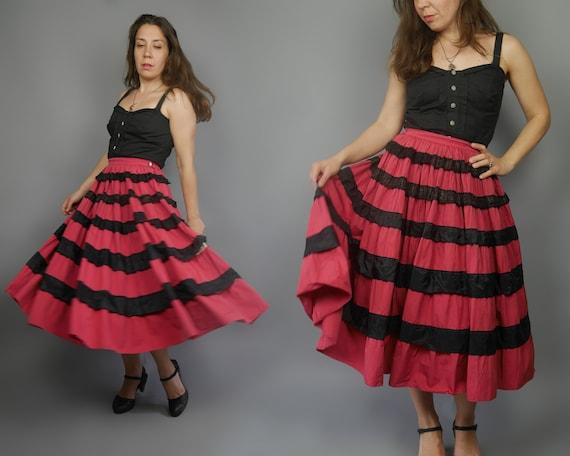 VINTAGE 50's Carmen skirt Tiered full skirt 1950's