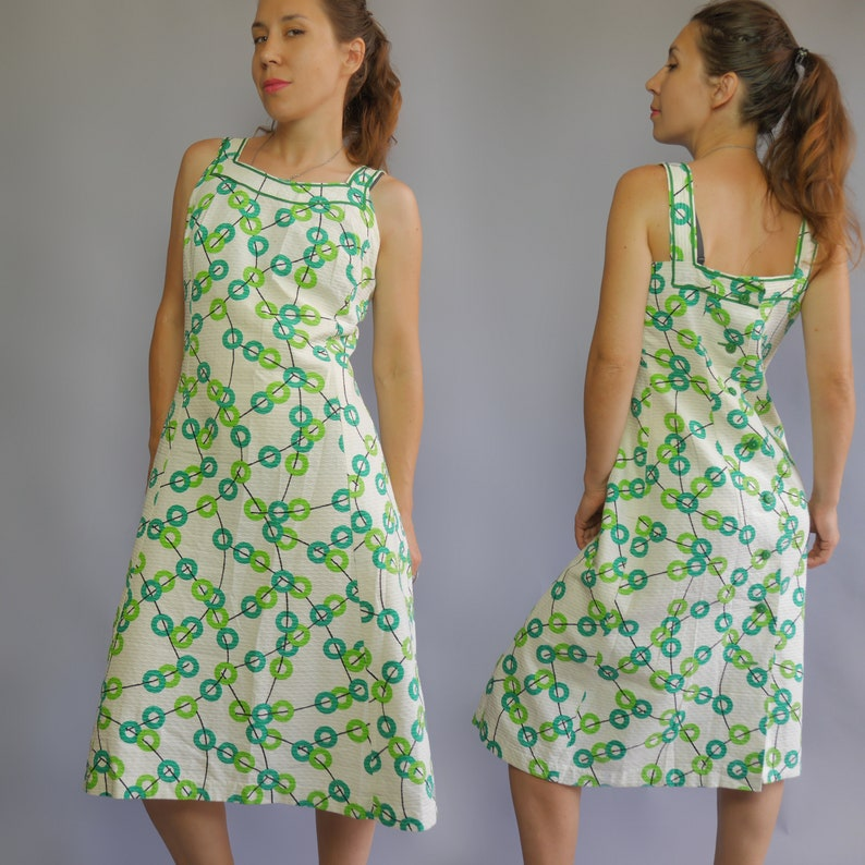 8f95f4827bc White summer jumper dress 50s 60s with bright green print