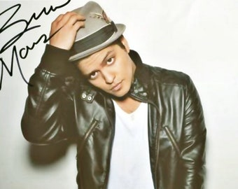 18c442f9d92 Bruno Mars - Singer - Pre-Signed Celebrity Photo-Print - Collectible  Ephemera