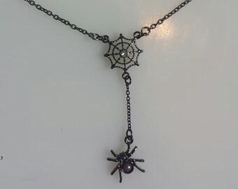 Spider wed Necklace