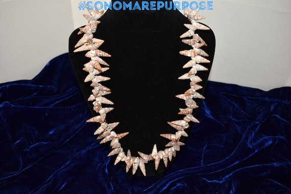Vintage Polynesian White Brown Sea Shell Necklace