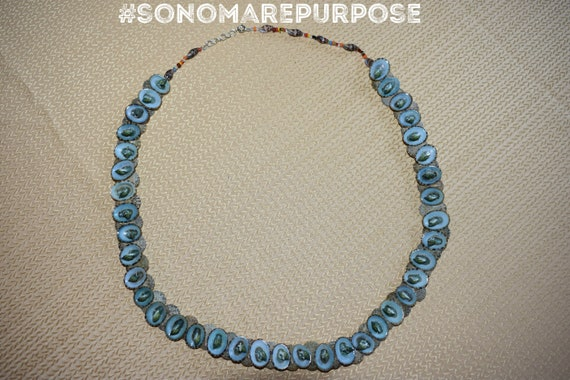 Vintage Polynesian Blue Brown Sea Shell Necklace 2