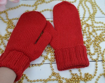 Knitted Accent