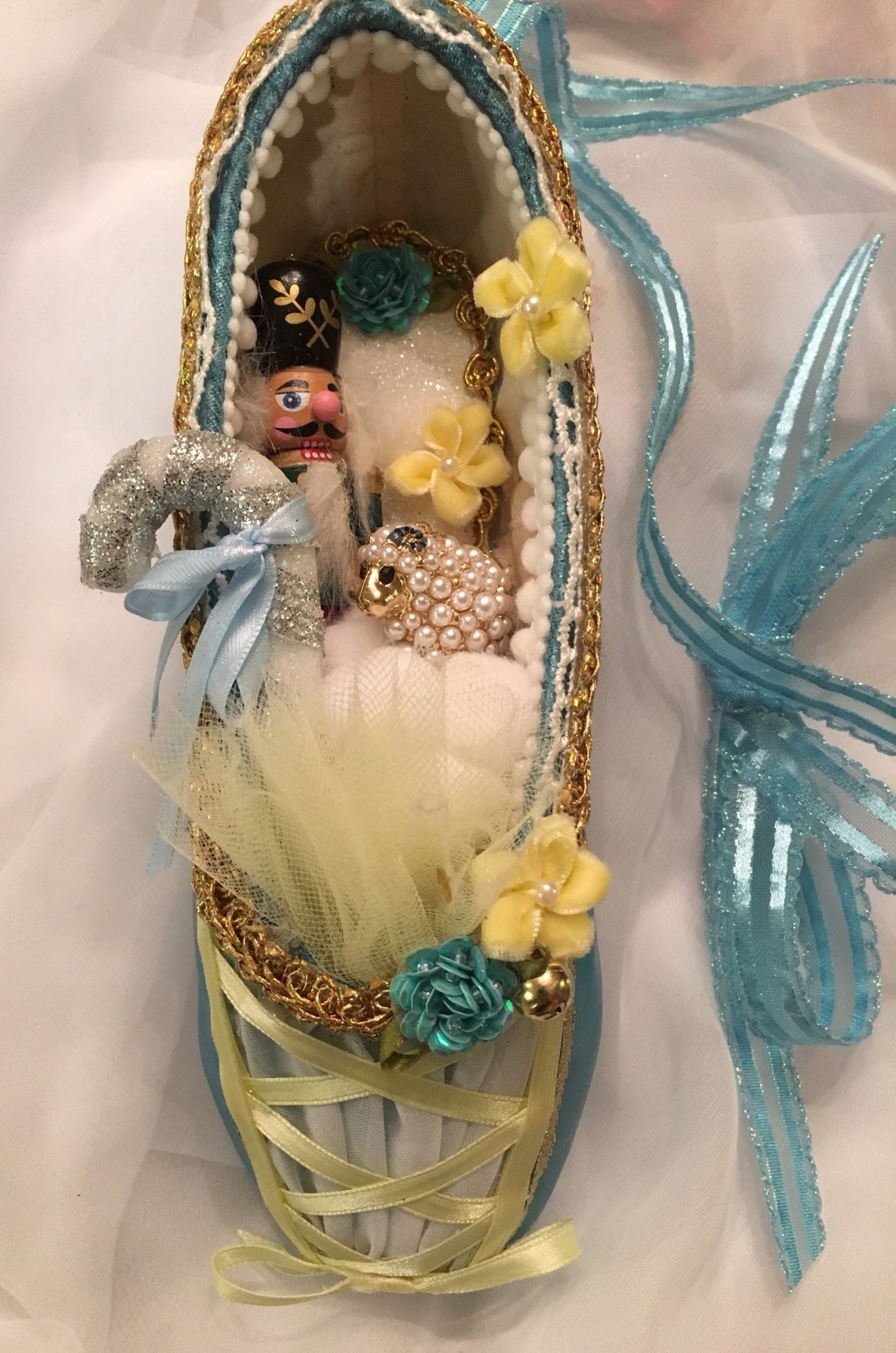 cusomized decorated pointe shoe for nutcracker and yagp or other ballet or theater performances etc..