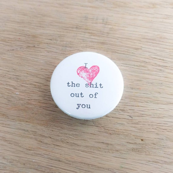 "LOVE HEARTS Various Designs Novelty Cute Valentines - 1/"" // 25mm Button Badge"