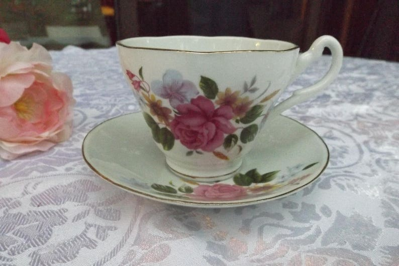 Delightful Rose floral bone china tea or coffee set service 1 cup 1  matching saucer Beautiful Floral design   New old stock  Gift idea