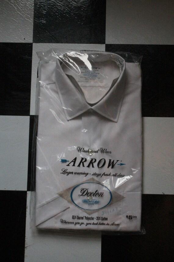 Wash and Wear Arrow Short Sleeve Men's White Shirt