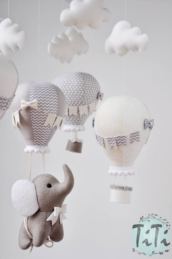 Elephant baby mobile, felt baby mobile, hot air balloon mobile, balloon mobile, felt elephant, elephant balloon mobile taupe, gray and ivory